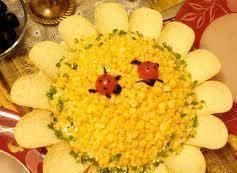 Салат с горохом и кукурузами