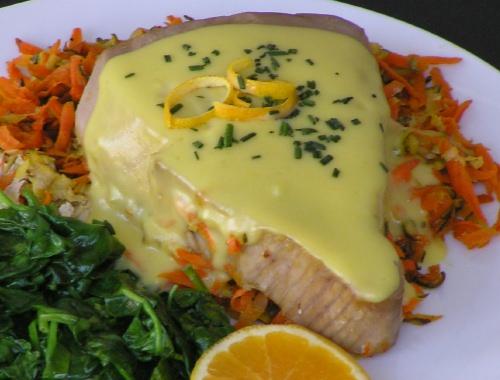 Рыба с голландским соусом