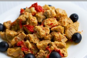 Pork stewed with pepper