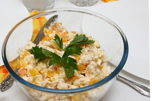 Salad with chicken breast and corn