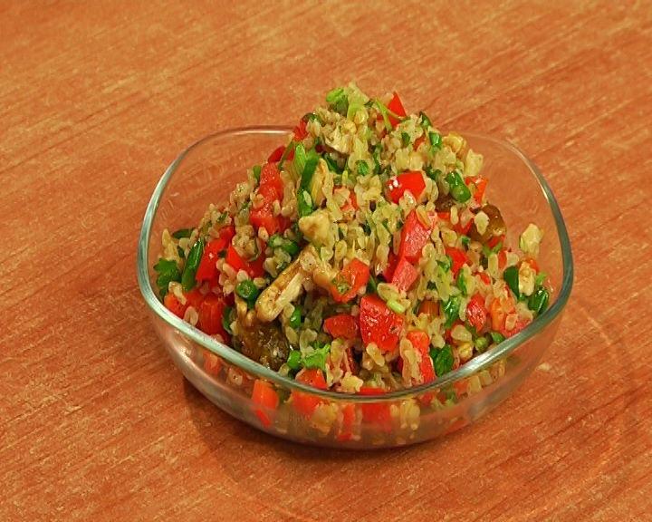 Salad with bulgur