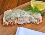 Salmon with white wine sauce