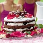 Կեռասով շոկոլադե տորթ