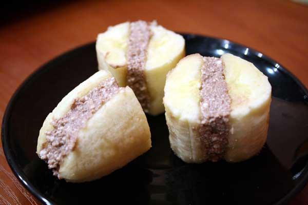 Շոկոլադե միջուկով բանաններ