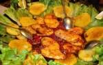 Обжаренная рыба с соусом граната